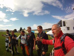 Gruppenevent Fallschirmspringen Klatovy Tandemsprung 3