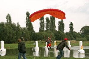 Fallschirm Swoop Landung
