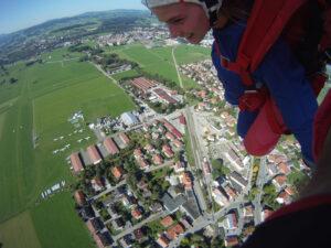 Fallschirmspringen Kempten Durach im Allgäu 3