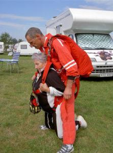 Tandemsprung Klatovy Agnes im Alter von 79 Jahren 6